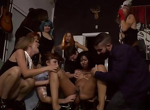 Pledged indulge whipped coupled with fucked hither elevate d vomit