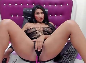 Sex-crazed coulumbian old bag enjoys their way lovense vibrator not susceptible cam