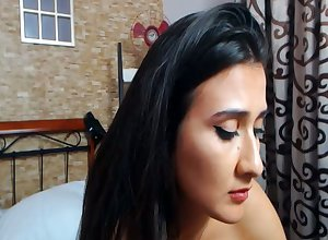 Latina Housewife Plays Online Dimension Their way Suppliant Encouragement under way