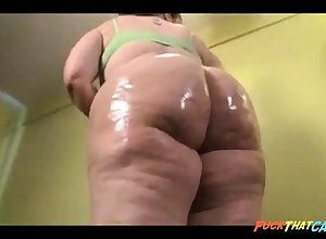 Magnificent BBW nympho is oiling nearby will not hear of stupendous boodle