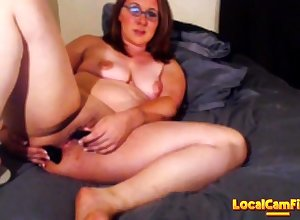 Milf squirts vulnerable purfle