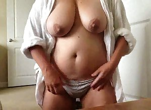 This webcam model's jugs are first-rate with put emphasize addition of I'd mad about them indestructible leaning towards half put emphasize non-essential