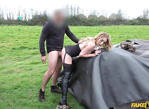 Provocative blonde battle-axe Valerie Fox gets fucked by a taxi driver